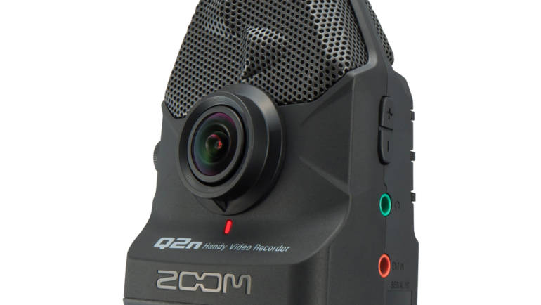 Zoom Q2N Camera